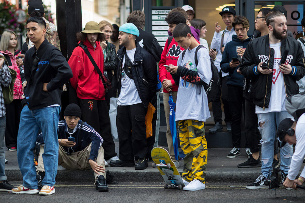 f44ff96cb663 streetwear supreme fashion style NYFW